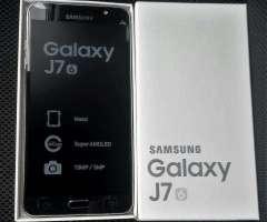Samsung J7 6 Lte con estructura de metal nuevos en caja!!
