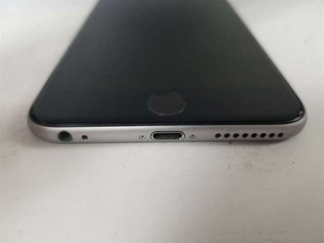 iPhone 6 16 GB Gris Espacial Modelo A1549 c/ Cargador