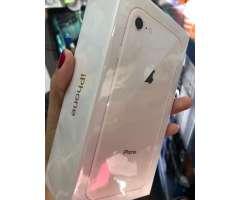 iPhone 8 de 256 gb nuevo en caja sellada