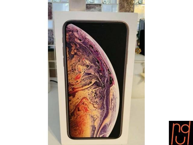 Apple iPhone XS Max - 512GB - Gold Unlocked - $550