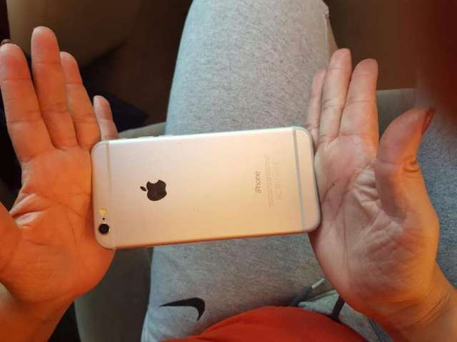 iPhone 6 de 64 gb cara negra