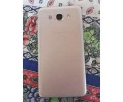 Samsung Galaxy J7 6 Dorado